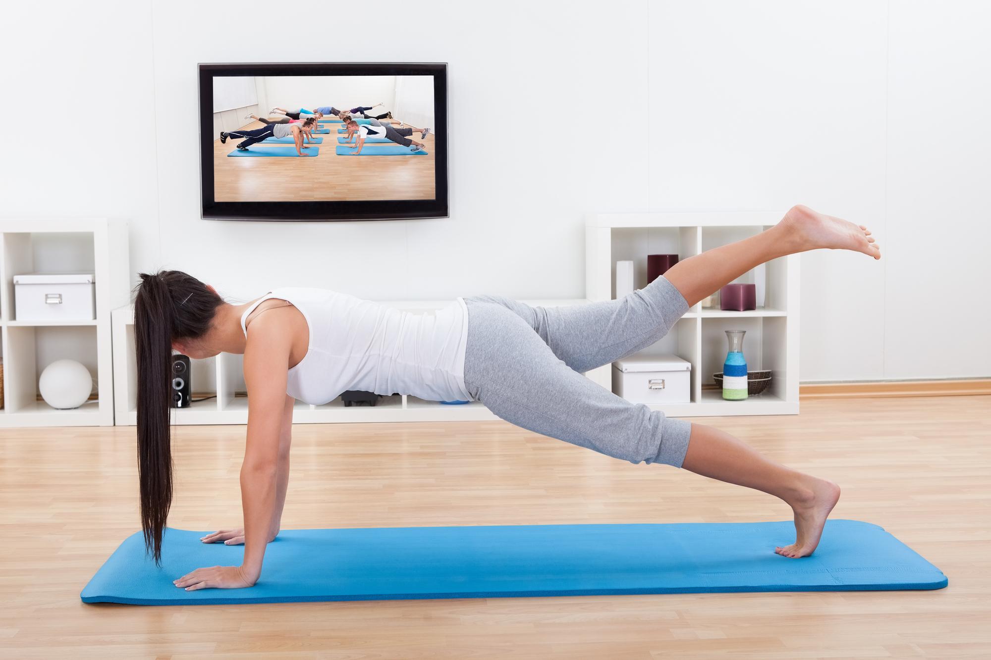 Как правильно заниматься спортом в домашних условиях 8